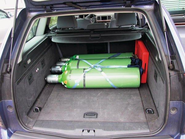 tipps zum gefahrguttransport gase in kraftfahrzeugen sicher transportieren. Black Bedroom Furniture Sets. Home Design Ideas