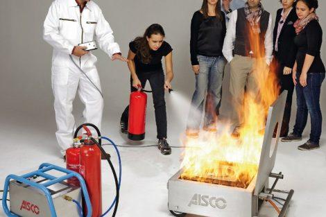 AISCO_Feuerloeschuebung_Bild_Nr._1.jpg