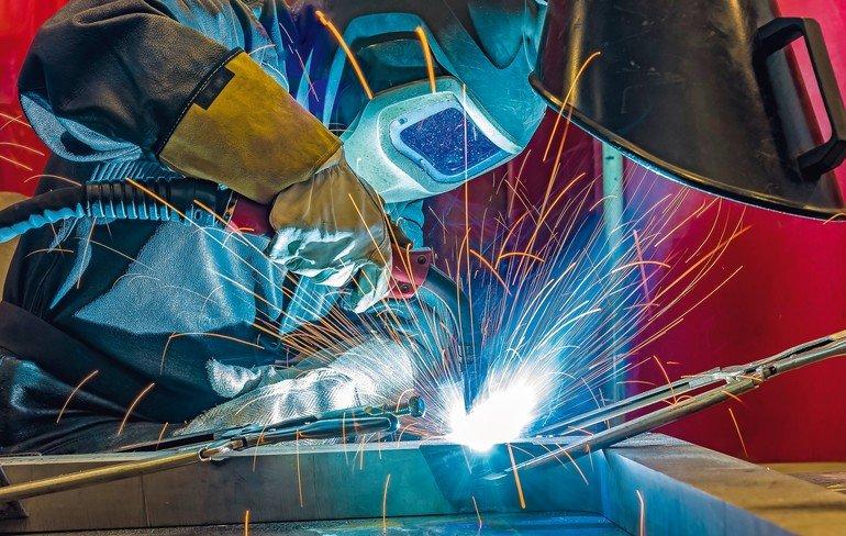 welder,_craftsman,_erecting_technical_steel_Industrial_steel_welder_in_factory_technical,