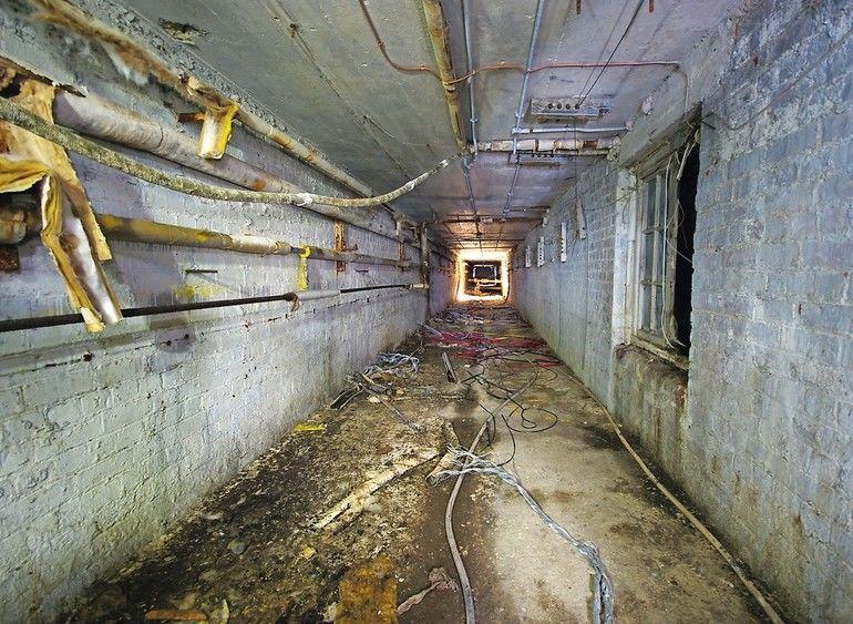 Asbest_AdobeStock_126767642_(1).jpg