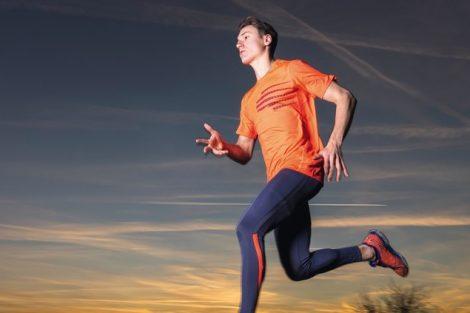 Mann,_21_Jahre_beim_joggen
