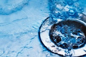 Close_up_of__sink_with_water_drops