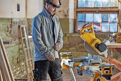 Kensington_Fleece_Jacket_HellyH_workwear_location_1711021784.jpg