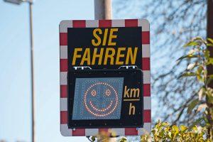 Schild_Radar_Tempomessung