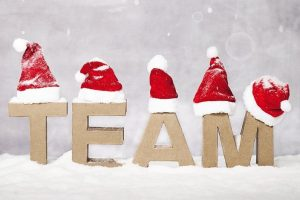 Teamfeier_AdobeStock_229741507_Karin_&_Uwe_Annas.jpg