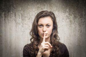 Whistleblower decken Skandale auf, müssen aber besser geschützt werden, so eine Initiative der EU.