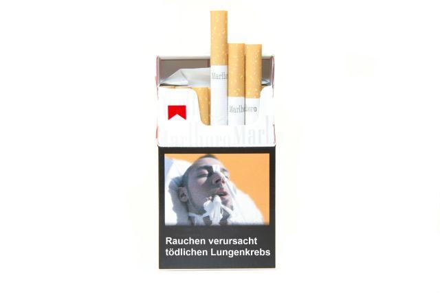 Ekelfotos auf Zigarettenpackungen wirken, so eine Studie