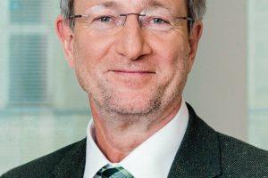 Dr._Walter_Eichendorf,_stellvertretender_Hauptgeschäftsführer_der_Deutschen_Gesetzlichen_Unfallversicherung_(DGUV)_